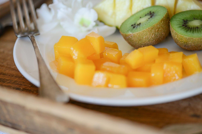 mangues fraiches en cube pour le pudding de chia au lait de coco