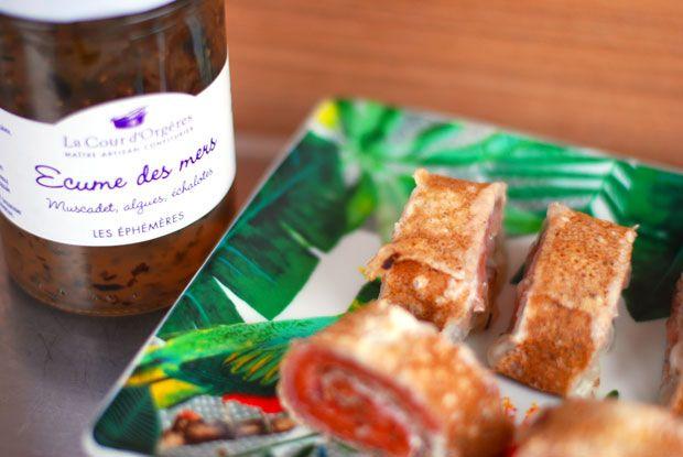 Bouchée apéro saumon fumé gelée de muscadet dans une galette de blé noir