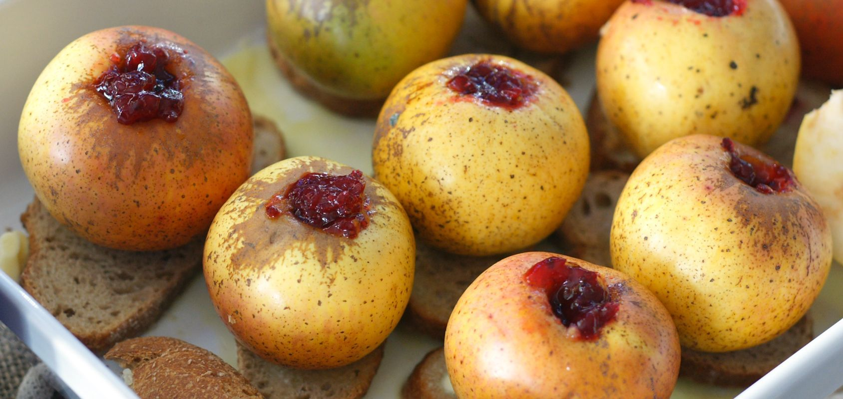 pommes-au-four-sur-du-pain