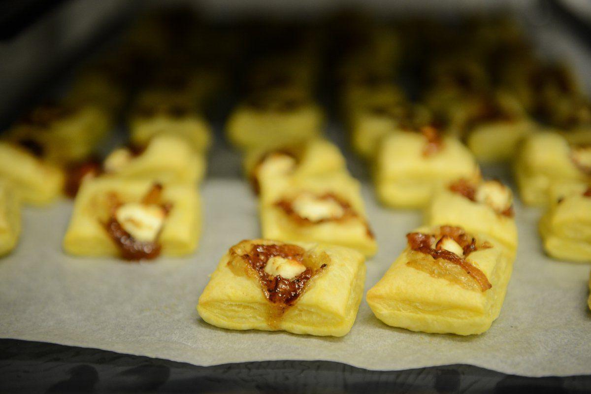 carré feuilletés fromage confit d'oignon